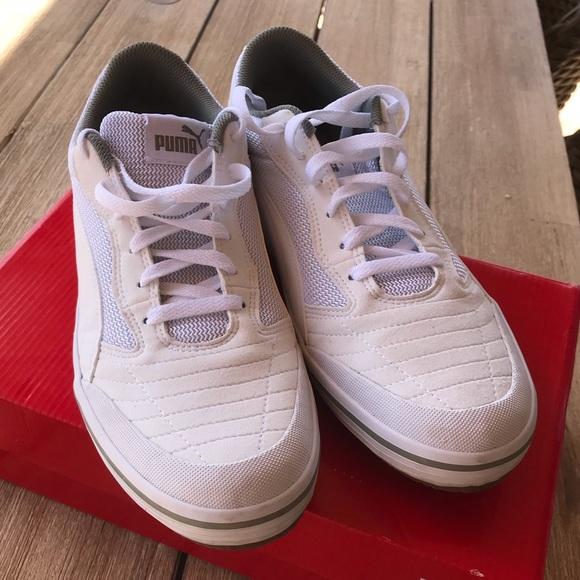 Puma Mens Astro Sala Soccer Shoe